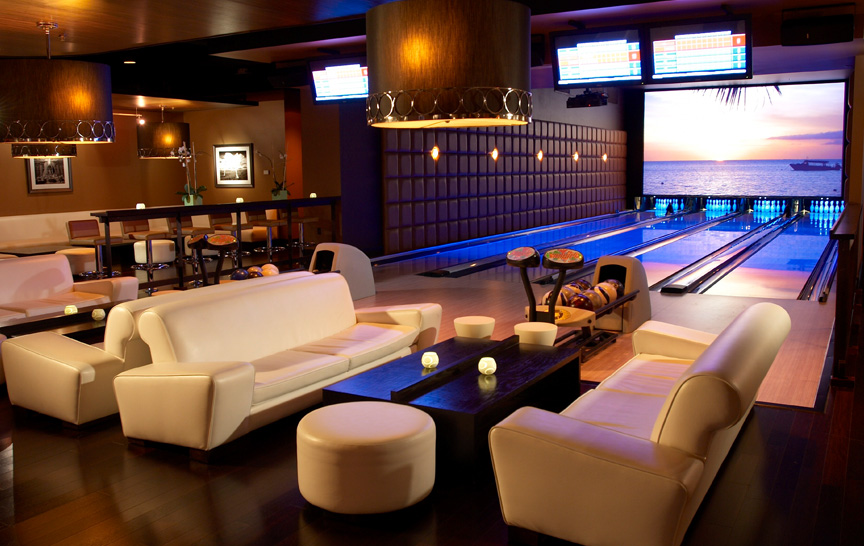Bowling and Lounges | F.A.M.E NYC Magazine