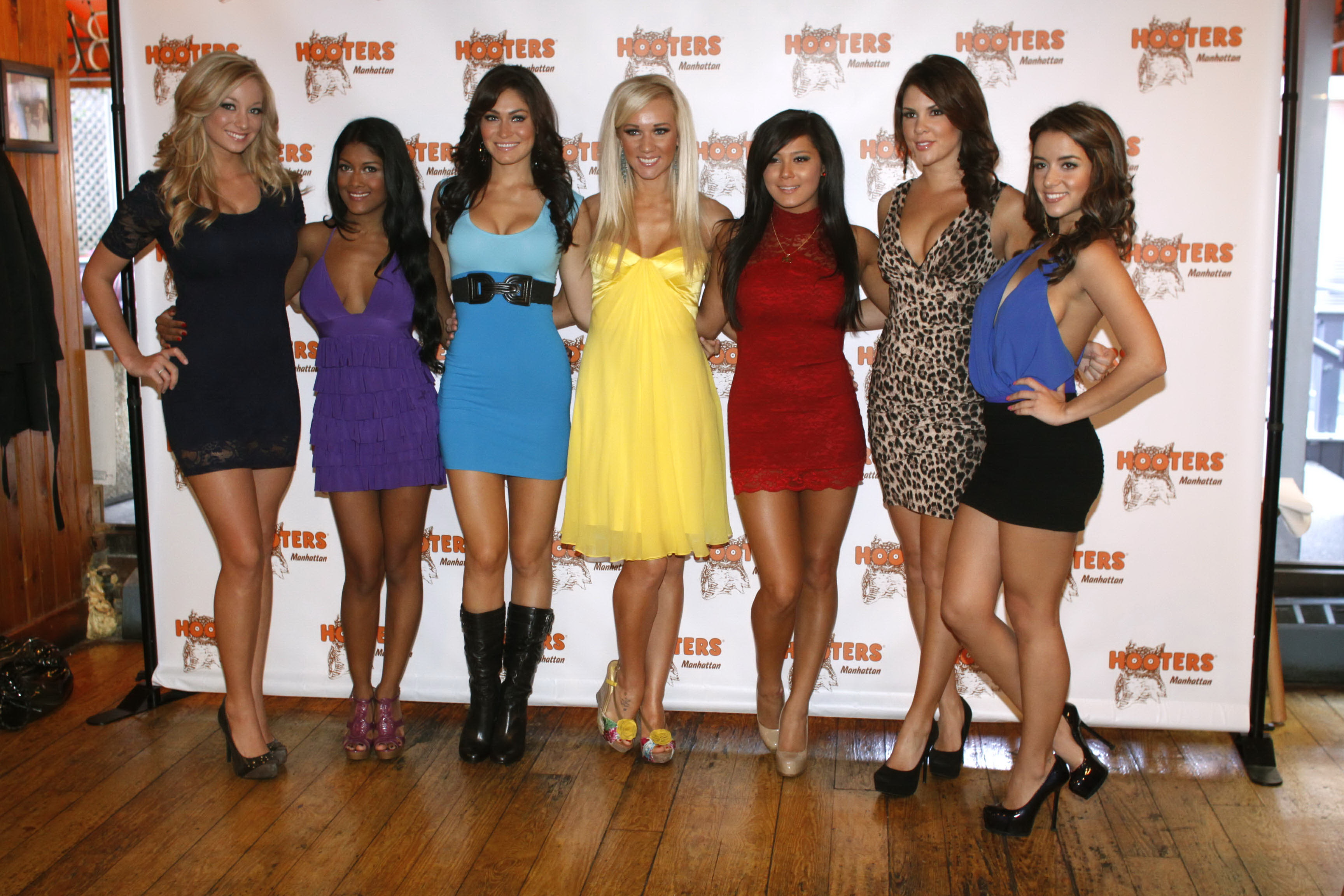 Hooters Calendar May : Hooters calendar girl series playing and similar items