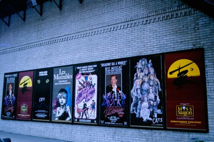 001NYC_Broadway
